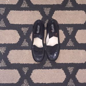 Loafer patent leather shoes!